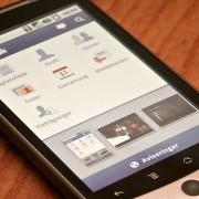 Impeça que vídeos do FB rodem automaticamente no celular