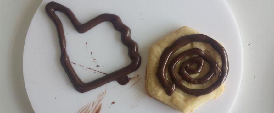 """Conheça a impressora 3D que consegue """"imprimir"""" chocolate"""