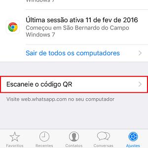 3. Agora, dê um toque em Escaneie o código QR e posicione a câmera do celular em frente ao símbolo na tela de seu computador.