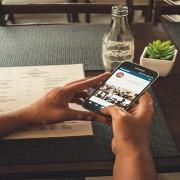 Escolha como as fotos com você serão adicionadas ao seu perfil no Instagram