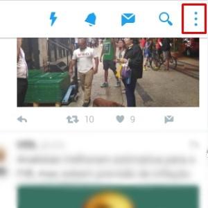 1 - Clique nas três bolinhas no canto superior direito do app.