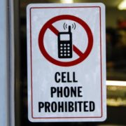 Proibidos: confira quais aplicativos foram banidos pela Apple e pelo Android