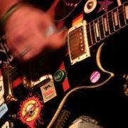 Jogo traz trilha sonora composta por bandas independentes do rock nacional