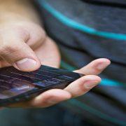 Smartphone ainda é o dispositivo pessoal mais querido entre os brasileiros