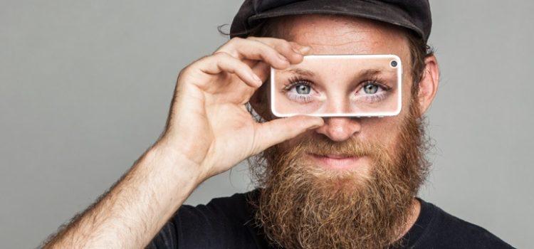 """Be My Eyes é o app que """"empresta"""" olhos para ajudar deficientes visuais"""