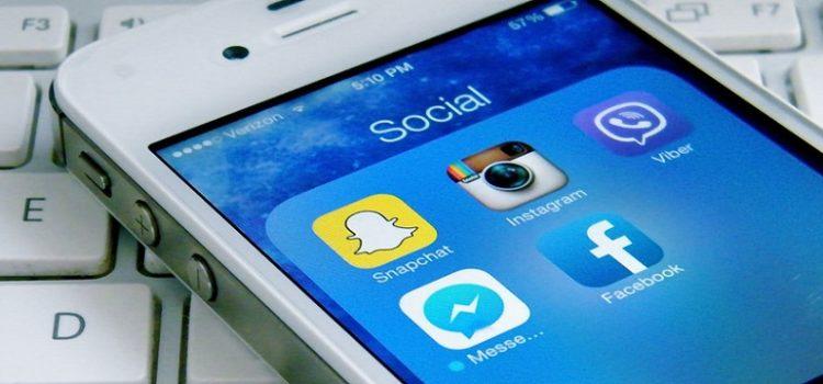 Uma em cada 10 pessoas distorce a realidade nas redes sociais para se sentir bem