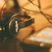 YouTube se classifica como streaming favorito para ouvir música, à frente do Spotify