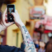 Quer trocar de celular? Preço médio do iPhone cai 8% no Brasil