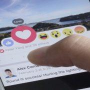 Novidade: agora você pode usar reações nos comentários do Facebook