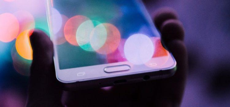 Guia de Compras: Por que é tão difícil escolher smartphone no Brasil?