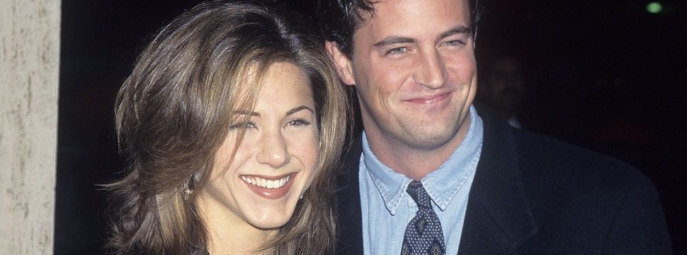 Windows 95: Jennifer Aniston e Matthew Perry ensinam como você deveria usar o sistema operacional