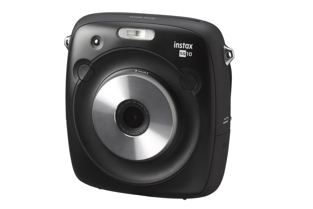 Testamos  Instax Square SQ10 é a câmera híbrida que permite editar ... aa04cf5f77