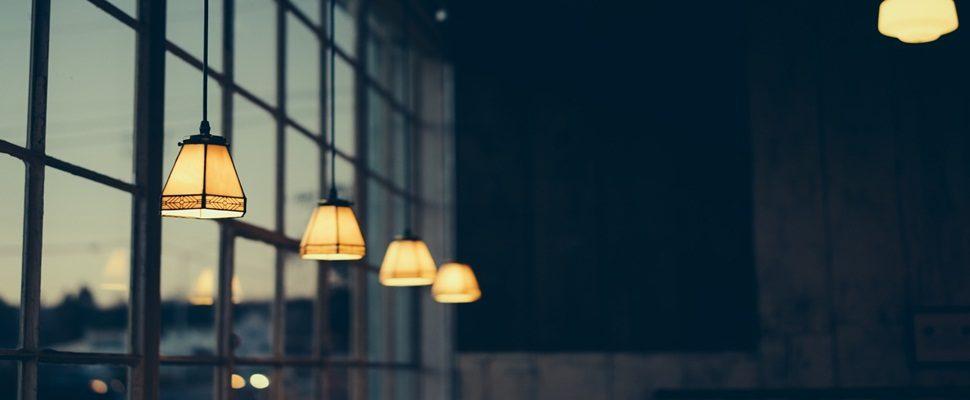 Startup lança plataforma gratuita que ajuda a reduzir em até 35% a conta de energia