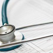 Por R$ 100 em média, apps marcam consultas médicas a preços populares