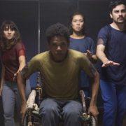 """3%: série brasileira da Netflix é a segunda mais """"devorada"""" no mundo"""