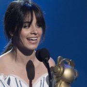 Brasil é o país que mais Tweeta sobre Camila Cabello; veja reações à cantora