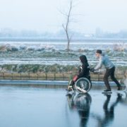 Microsoft cria projeto que permite mover cadeira de rodas com o olhar