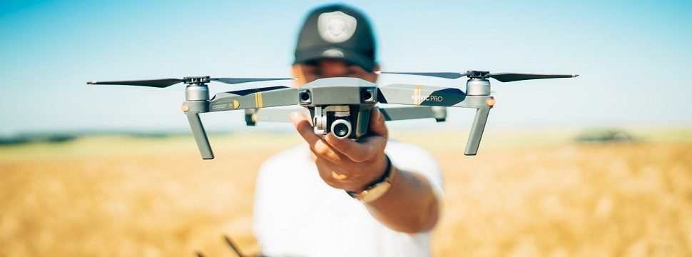 Salva-vidas, entregador e mais: conheça os drones diferentões do mercado