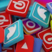 O que você deve evitar nas redes sociais para manter uma boa imagem