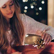 A partir de R$ 40: sugestões de presentes tech para dar no amigo secreto ou Natal
