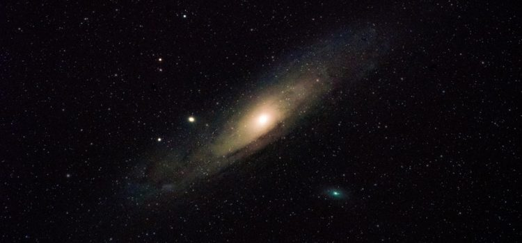 Astrônomos detectam sinais de rádio vindos de outra galáxia