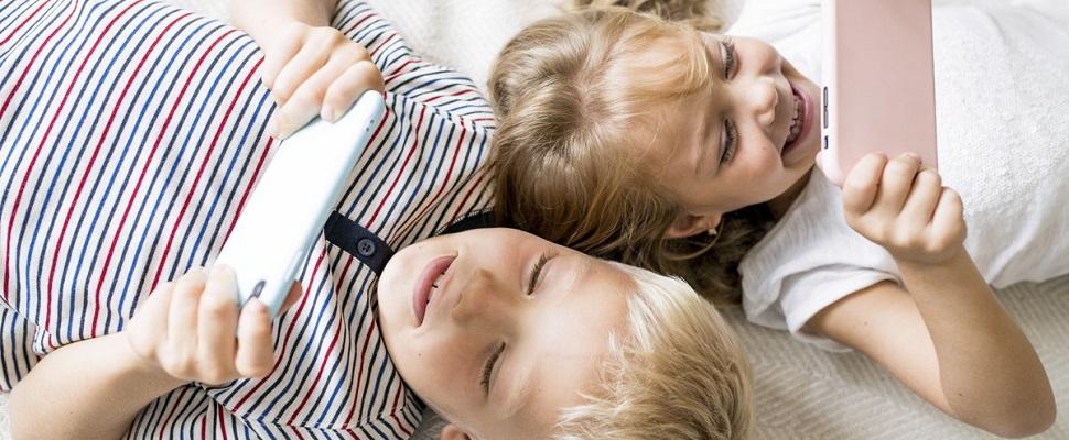 Qual é o tempo máximo de uso de eletrônicos para crianças e adolescentes?