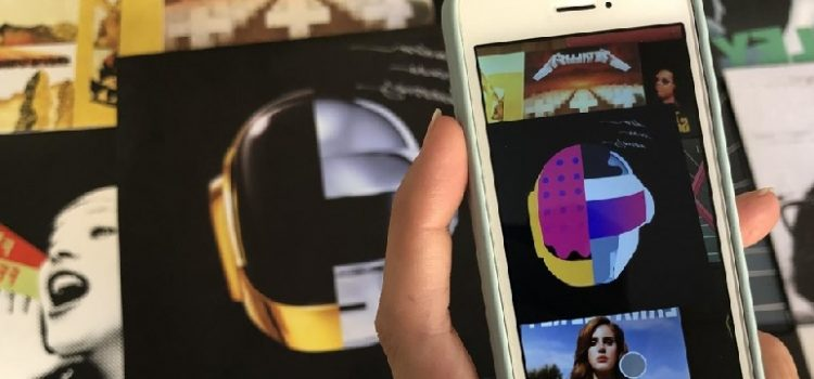 Capas de álbuns ganham vida com aplicativo de realidade aumentada