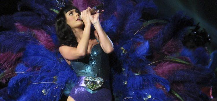 Teoria da conspiração: Katy Perry é JonBenét, uma modelo mirim assassinada nos anos 1990