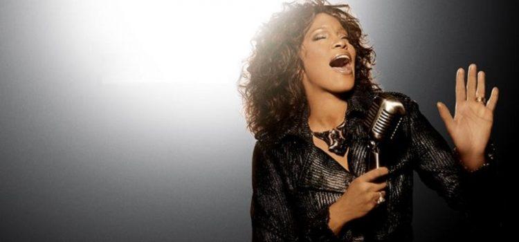 Turnê com holograma de Whitney Houston é anunciada