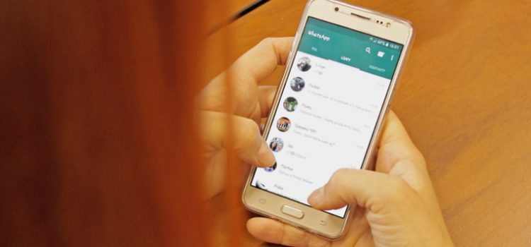 Golpe no WhatsApp promete 13º salário para Bolsa Família