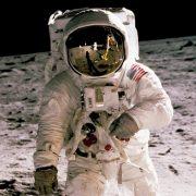 HBO celebra 50 anos da chegada do homem à lua com From the Earth to the Moon remasterizada