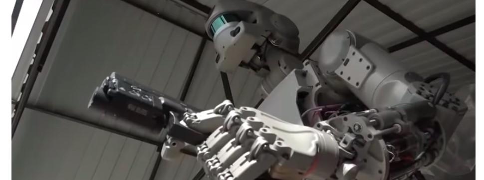 Robô russo que atira e levanta peso será enviado ao espaço