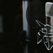 Top 10 Podcasts mais ouvidos pelos usuários do Waze