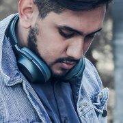 Dia da Saudade: Spotify revela ranking com os maiores hits da sofrência
