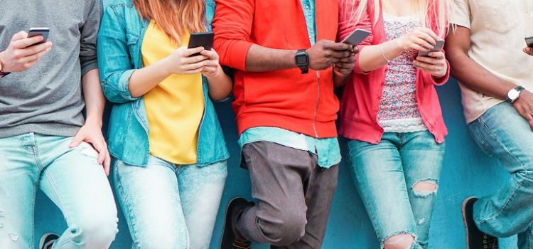 Quando vale a pena comprar um celular usado?