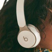 Testamos: Beats Solo Pro oferece cancelamento de ruído e qualidade de som exemplar por R$ 2.499